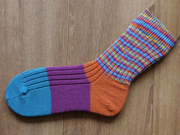 Bonte sokken handgebreid