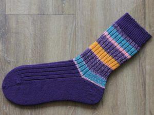 Paarse sokken zelf geverfd 45-46